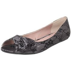 Flat peep toes! Love shoes like this :)
