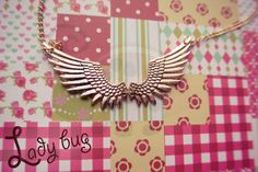 Collar Golden Wings