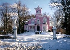 The famous Pink House On the corner of West State Street and South Brooklyn Avenue in Wellsville, NY Allegany County, NY Old Buildings, Abandoned Buildings, Abandoned Places, Old Mansions, Abandoned Mansions, Victorian Architecture, Beautiful Architecture, Pink Houses, Old Houses