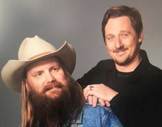 A lot of country fans are upset about the GRAMMYs last night. Few country fans would have expected Stapleton to sweep up awards like he did, especially with the Sturgill Simpson, Country Music News, Outlaw Country, Chris Stapleton, Concert Posters, Music Love, Playing Guitar, Bombshells, Cute Hairstyles