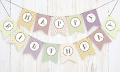 We love birthdays. Thanks to our free printable super-stylish birthday banner, the decorating part just got easier.