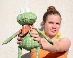 Green Polka Dot Frog stuffed toy by andreavida on Etsy, €25.00
