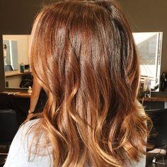 Hair Trends The Best Models to Stitch - Hair Color 02 Ombre Hair, Balayage Hair, Strawberry Blonde Hair Color, Caramel Hair, Burgundy Hair, Brownish Red Hair, Hair Affair, Hair Highlights, Hair Day