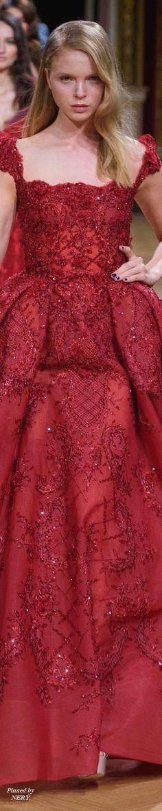 Ziad Nakad Fall 2016 Haute Couture Red Fashion, Couture Fashion, High Fashion, Fashion Show, Autumn Fashion, Color Fashion, Luxury Fashion, Red Gowns, Beautiful Gowns