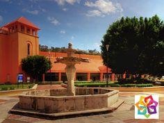 MICHOACÁN MÁGICO. ¿Qué servicios ofrece el centro de convenciones de Morelia? Rodeado de áreas verdes, estacionamientos, planetario, biblioteca, hotel, teatro, área para exposiciones y 9 salones para eventos, el Centro de Convenciones de Morelia es considerado uno de los más completos de todo México. Este lugar es en definitiva, una excelente opción para el turismo de negocios a 10 minutos del centro histórico. http://www.aghotel.com.mx/