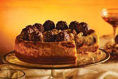 Choc-hazelnut cheesecake with hazelnut wafer crumbs