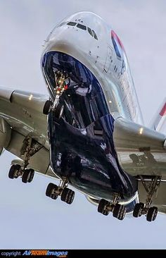AIRBUS A - 380