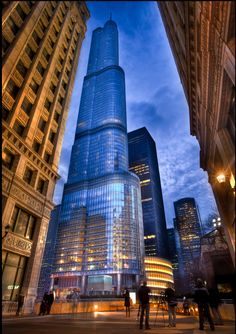 One of Chicago's newest buildings, Trump International Hotel and Tower. It was completed in 2009 and is the second tallest building in Chicago (after Willis, formerly Sears, Tower). Photo by Out Of Chicago. Amazing Buildings, Modern Buildings, Amazing Architecture, Modern Architecture, Chicago Travel, Chicago City, Chicago Illinois, Trump Chicago, Chicago Usa
