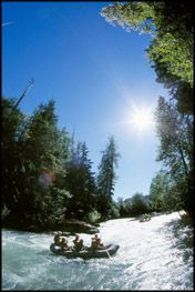 There's just something about the roar of a river while you and your closest friends go for the wildest ride of your life. White water rafting on Green River! Want to go? http://microtrip.it
