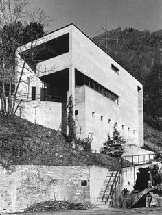 House by Snozzi Arch Architecture, Japanese Architecture, Luigi Snozzi, Architectural Engineering, Building Drawing, Archi Design, Concrete Blocks, Less Is More, Brutalist