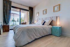 Regardez ce logement incroyable sur Airbnb : Standing piscine terrasse A/C vue Sainte Victoire - Appartements à louer à Aix-en-Provence