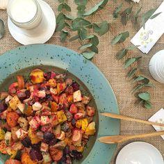 Para servir no inverno: mix de legumes e raízes assadas (Foto: S Simplesmente)