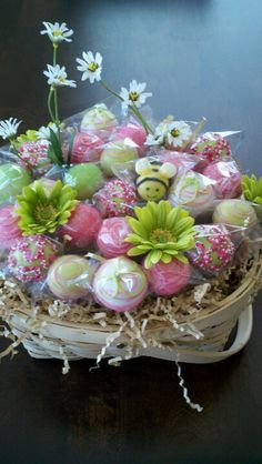 Mothers Day cake pops by Chayo