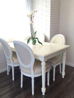 en nuestro nidazo mesa de comedor arrate blanco italiano y sillas adur luis xv tapizado