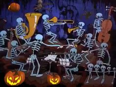 "Neat video of skeleton orchestra performing ""In the Mood"" by Glenn Miller. Great for anytime of the year; not just Halloween Happy Halloween Pictures, Halloween Images, Halloween Quotes, Happy Halloween Gif, Snoopy Halloween, Fröhliches Halloween, Happy Birthday Video, Birthday Songs, Holiday Wallpaper"