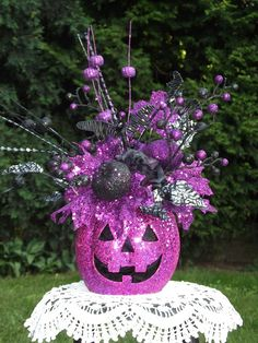 Halloween Floral Arrangement / Halloween by englishrosedesignsoh, $57.99