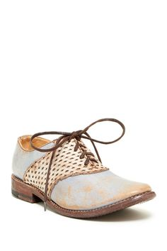 Love these oxfords || Sponsored by Nordstrom Rack.