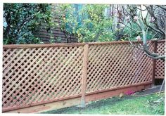 lattice fence with bottom board