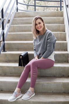 How to Wear The Athleisure style - Uptown with Elly Brown Legging Outfits, Grey Leggings Outfit, Athleisure Outfits, Athleisure Fashion, Leggings Fashion, Sweatpants Outfit, Black Leggings, Sport Outfits, Cool Outfits