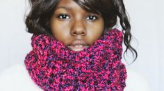 Crochet this fun chunky scarf made with very bright Homespun colors by Dream Crochet Blog.