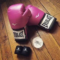 Let's make a fresh start #boxe #boxing #france #french #fit #fitness #sport #sportaddict #run #running #nike #nikeplus #nikewomen #nikefrance #nikefreerun #everlast #pink #black #rennes #health #healthy #beginning #start #freshstart by audeluxe