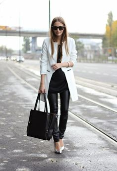 Black and white #streetstyle #inspiration #outfit #look #fashionblogger #fashion #blogger #cool #ideas www.ireneccloset.com