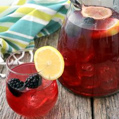 Homemade blackberry lemonade is easy to make and a sweet-tasting alternative to traditional recipes! - Everyday Dishes & DIY