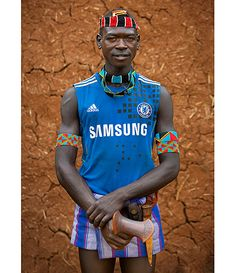 Bana man with Chelsea FC shirt in Key Afer, Ethiopia English Football Teams, Football Fans, African Culture, African Life, African Men, African History, African Fashion, Eric Lafforgue, People Brand