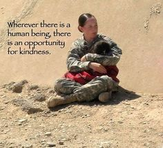 Taking time out in the military to show some human kindness Soldado Universal, Game Mode, Human Kindness, Kindness Matters, Kindness Quotes, Kindness Pictures, Kindness Ideas, Support Our Troops, Real Hero