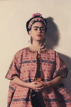 vintage everyday: 23 Beautiful Color Photos of Frida Kahlo from between the 1930s and 1950s