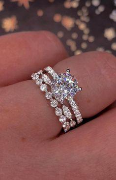 Classic Wedding Rings, Silver Wedding Rings, Diamond Wedding Rings, Bridal Rings, Wedding Bands, Wedding Sets, Dream Wedding, Bridal Jewelry, Wedding Stuff