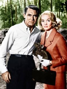 Cary Grant and Eva Marie Saint in a still from Alfred Hitchcock's North By Northwest Eva Marie Saint, North By Northwest, Cary Grant, Hollywood Stars, Classic Hollywood, Old Hollywood, Loretta Young, Isla Fisher, Mae West