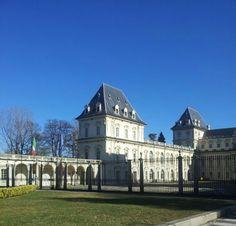 Castello del Valentino a Torino, Piemonte. 45°04′00″N 7°42′00″E