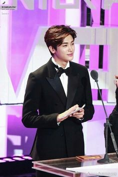 really handsome & adorable .then how i can forget u. Park Hyung Sik, Asian Actors, Korean Actors, Park Hyungsik Cute, Do Bong Soon, Park Bo Young, Seo Joon, Korean Star, Boys Over Flowers