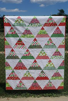 Dodging the Butterfly: Christmas in July - Simple, easy design by Laurie at Dodging the Butterfly!