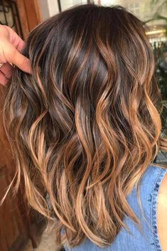 42 Suggestions For Dark Brown Hair Color copper auburn balayage hair color Brown Hair Cuts, Golden Brown Hair, Brown Hair Shades, Brown Hair With Blonde Highlights, Brown Ombre Hair, Ombre Hair Color, Light Brown Hair, Hair Color Balayage, Brown Hair Colors