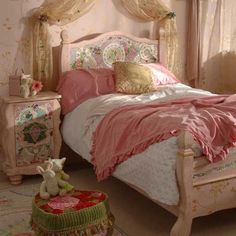 have a sweet sleep  ~~~~http://www.poshtots.com/childs-furniture/childrens-beds/childrens-beds/bohemian-mosaic-bed/2639/2641/1318/12713/poshproductdetail.aspx