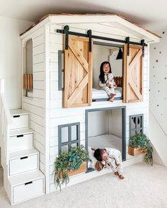 kids room The cutest little house bunk bed around Raising Bilingual Children: Is It Too Late To Star Girl Bedroom Designs, Girls Bedroom, Bedroom Decor, Bunk Beds For Girls Room, Kid Bedrooms, Loft Bunk Beds, Bedroom For Kids, Bunk Bed Ideas For Small Rooms, House Beds For Kids
