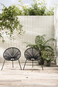 Hippe zwarte tuinstoelen | Trendy black lawn chair | KARWEI 3-2018