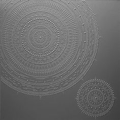 Meticulously Hand-Squeezed Dots of Paint Form Intricate Circular Patterns - My Modern Met