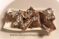 Chocolate Walnut Burfi: A delightful combination of walnuts, chocolate and mawa.