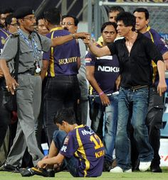[speculation?] Shah Rukh Khan misbehaved with security guards at the Wankhede Stadium after Kolkata Knight Riders' win