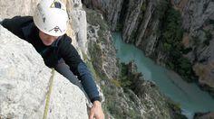 Escalada en Olvena :Duquesa Esmeralda (220m 6b) World, Bouldering, Emerald