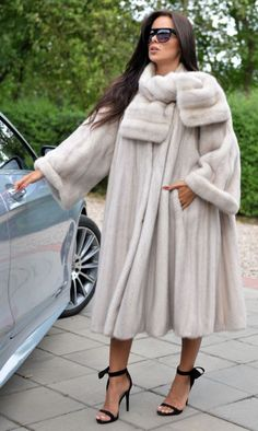 NEW IVORY ROYAL MINK FUR LONG SWINGER COAT CLASS OF SABLE CHINCHILLA FOX JACKET