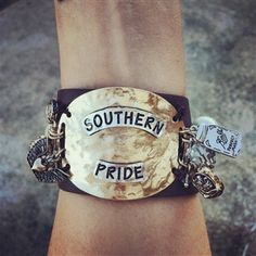 Southern Pride - leather bracelet / cuff