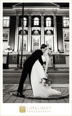 #limelight #limelightphotography #stepintothelimelight #bride #groom #wedding #newlyweds #tampa #florida #floridawedding #church #hydepark #presbyterianchurch #love #detail #photography