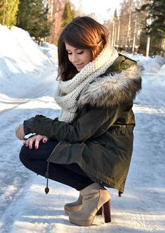 love the scarf, those boots plus snow/ice = danger! But boy, that's cute danger!!
