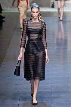 a6c1f460a76 Dolce   Gabbana Spring 2013 High Fashion Dresses