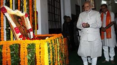 "Mann ki Baat: PM Modi paid tribute to RSS ideologue Vinayak Damodar Savarkar on his 134th birth anniversary. Prime Minister Narendra Modi on Sunday said that ""constructive criticism"" is important for a vigilant and responsive nation.   #indian politics #latest politics news from india"