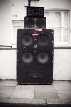 Say watt ? à la Gaîté Lyrique :  Extrait de la série photo «Last Dance in Nottinghill» (c) Patrick Gherdoussi